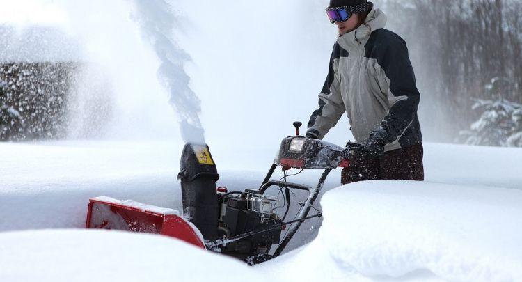 2021-2022 Review On Husqvarna Snow Blowers Husqvarna Snow Thrower