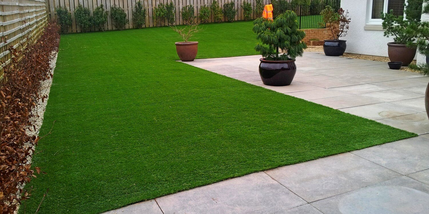 Best Artificial Grass Review Guide For 2021-2022