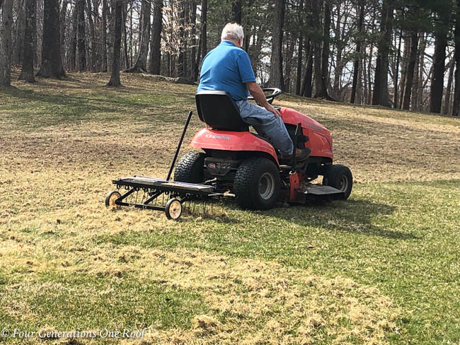 Best Rake Attachment For Riding Mower Review Guide For 2021-2022