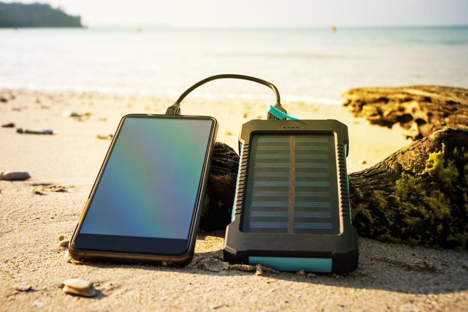 Best Solar Panel Battery Charger Review Guide For 2021-2022