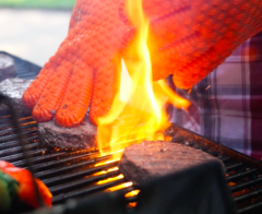 Best BBQ Glove Buyers Guide For 2020-2021