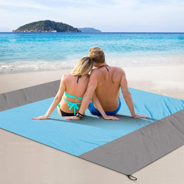 Best Beach Blanket Review Guide For 2020-2021