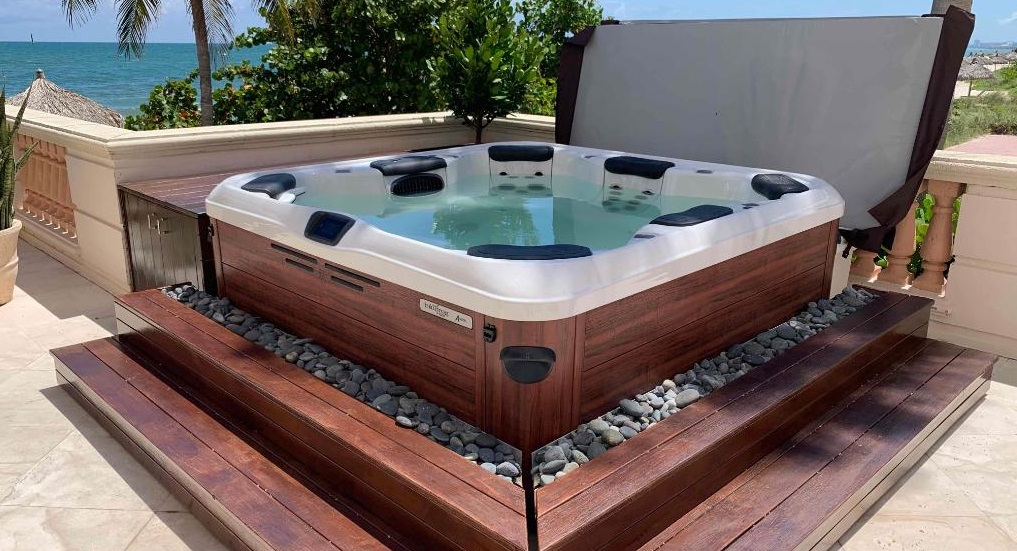 Best Hot Tubs For The Money Review Guide For 2021-2022
