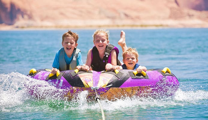Best Towable Tubes Review Guide For 2021-2022