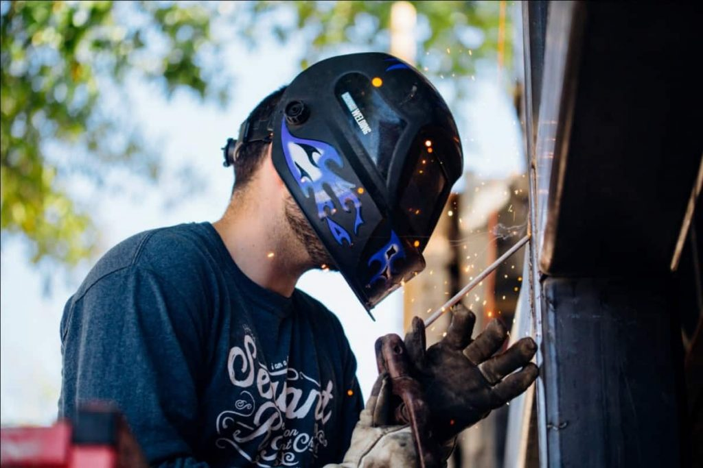 Best Welding Helmets Review Guide For 2021-2022