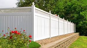 Best Vinyl Fence Review Guide For 2021-2022