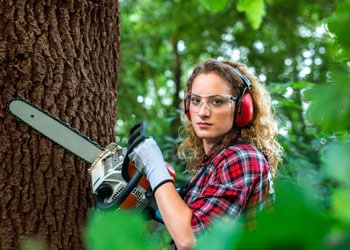 Best Chainsaws For Women Review Guide For 2021-2022